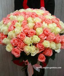 Розы с большим бутоном (Эквадор)