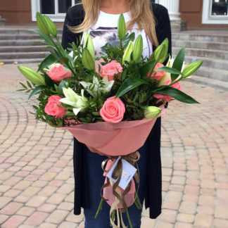 Букет лилии, розы Воронеж