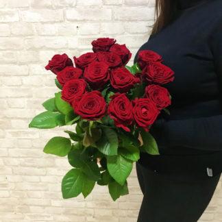 Букет из красных роз Наоми 19 шт Воронеж