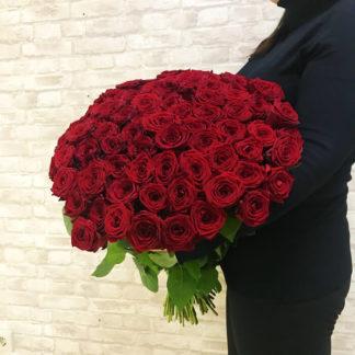 Букет из красных роз Наоми Воронеж