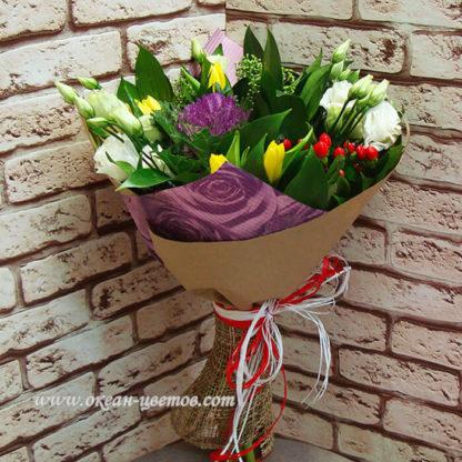 Букет из тюльпанов, эустомы, гиперикума Воронеж