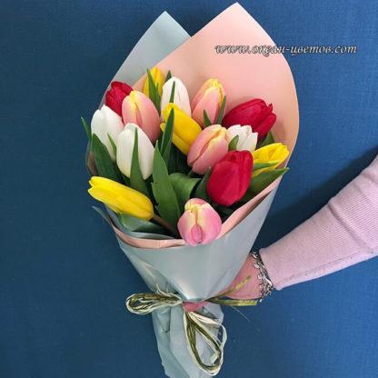 Букет из разноцветных тюльпанов 15 шт Воронеж