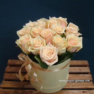 Кремовые розы в коробке Талея 15 шт Воронеж