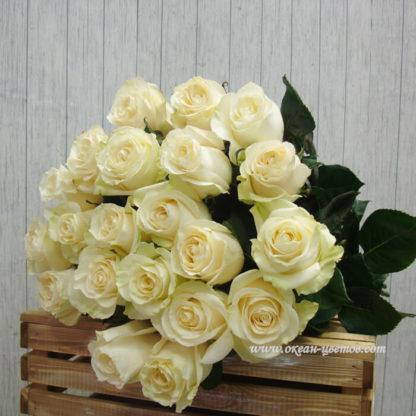 Букет белых роз Мондиаль 21 шт Воронеж