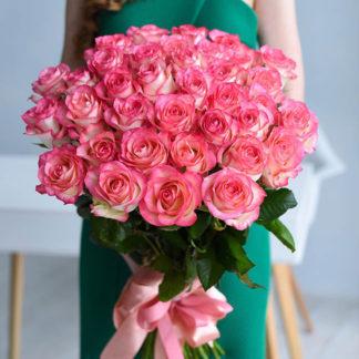 Розовая роза Джумилия Россия 25 шт