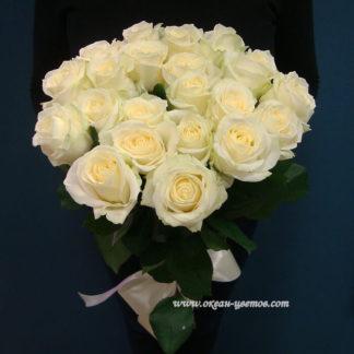 Букет белых роз Магади 15 шт Воронеж
