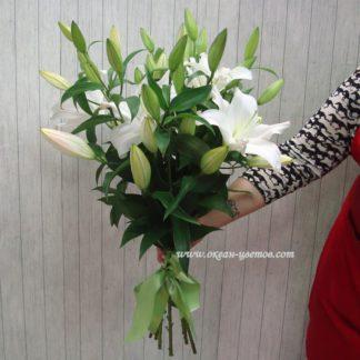 Букет из белых лилий (5 шт)