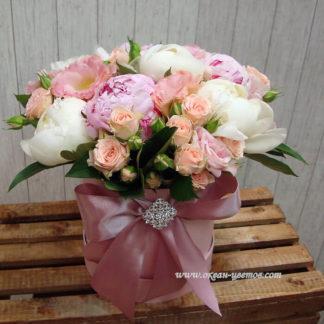 Пионы кустовые розы в коробке Воронеж 3