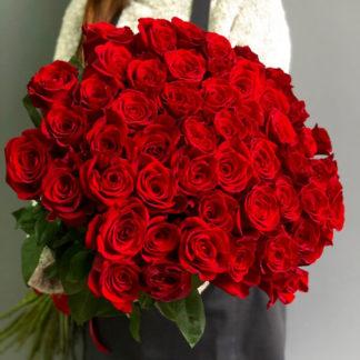 Букет красных роз Фридом Воронеж