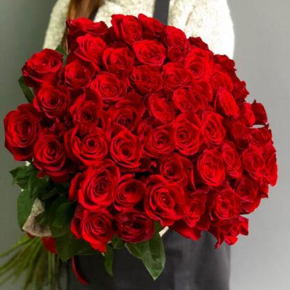 Букет красных роз Фридом Эквадор Воронеж