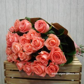 Розовая роза Россия 25 шт
