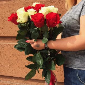 Букет из красных белых роз 15 шт Воронеж