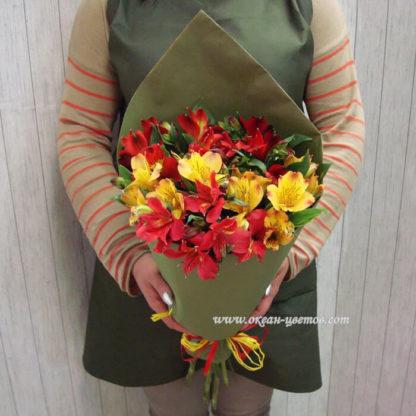 Букет из альстромерий красные желтые Воронеж