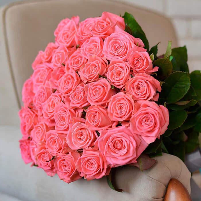 всего розовые розы фото букеты красивые с бриллиантами прохора слишком