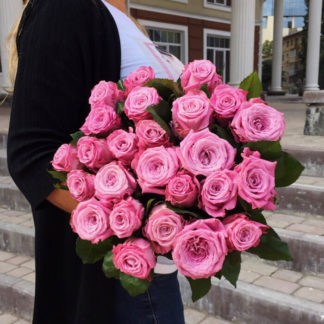 Букет сиреневых розовых роз Маритим 21 шт Воронеж
