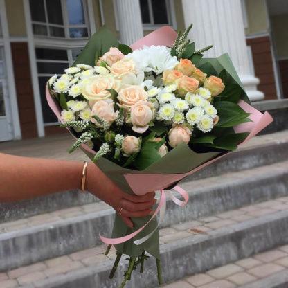 Букет из роз, кустовыз роз, хризантем, вероники Воронеж 2