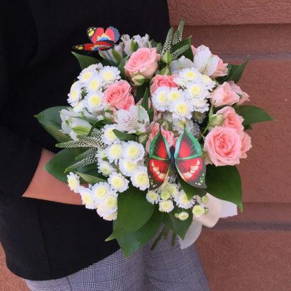 Букет из хризантем, кустовых роз, альстромерии, вероники Воронеж