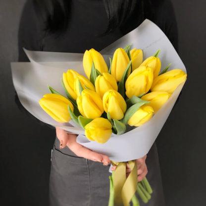 Букет из желтых тюльпанов 15 шт Воронеж