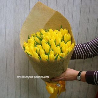 Букет из желтых тюльпанов 55 шт Воронеж