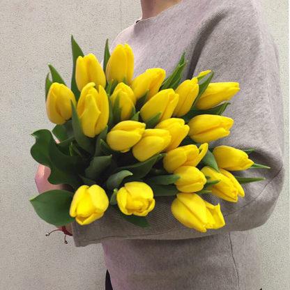 Букет из желтых тюльпанов 25 шт Воронеж 2